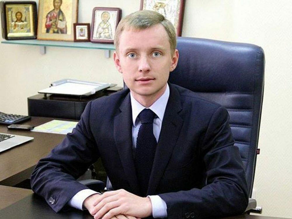 Экс-директор налоговой службы признал вину и оплатил 130 млн вказну