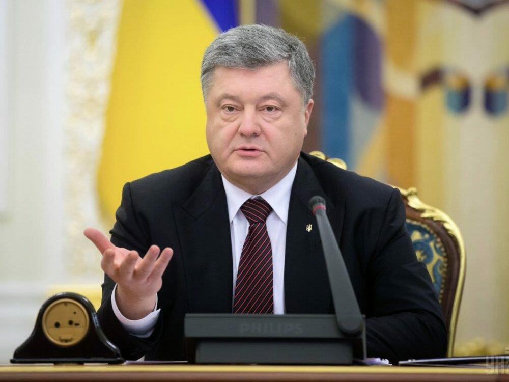 Порошенко хочет ввести квоты украинского языка нателевидении