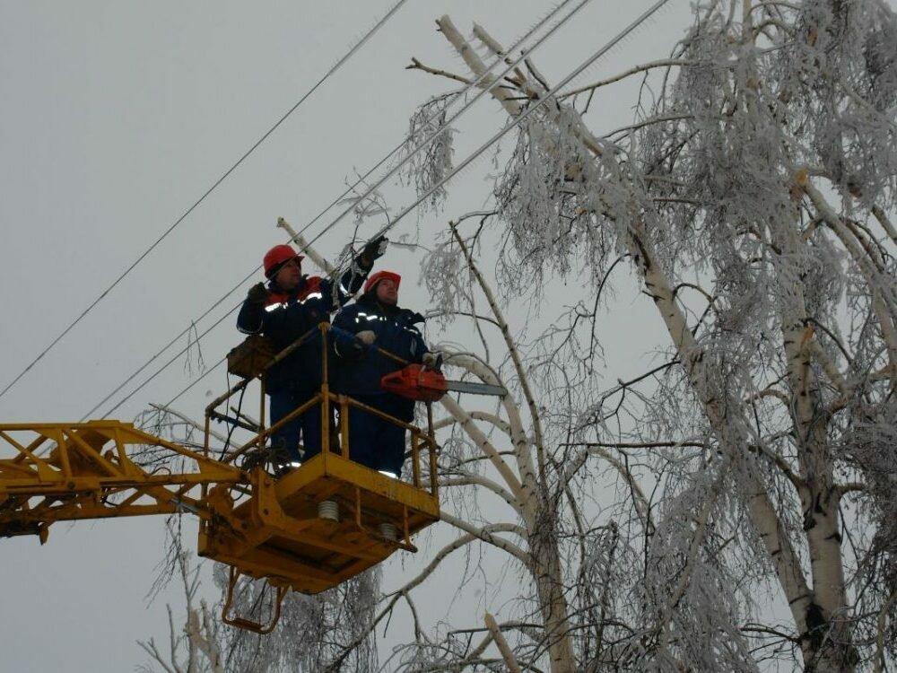 Без света 152 населенных пункта— Непогода вУкраинском государстве