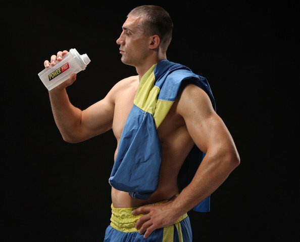 Русские боксеры Мамедов иГаджимагомедов вышли вфиналЧЕ вХарькове