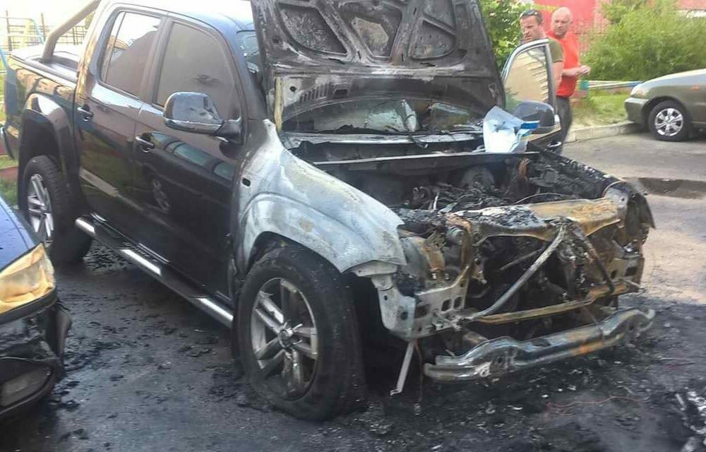 Авто народного депутата сгорело вЛуцке