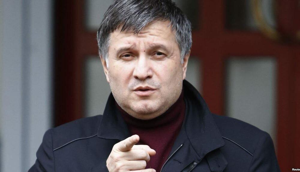 Около 500 воевавших вДонбассе украинцев покончили ссобой