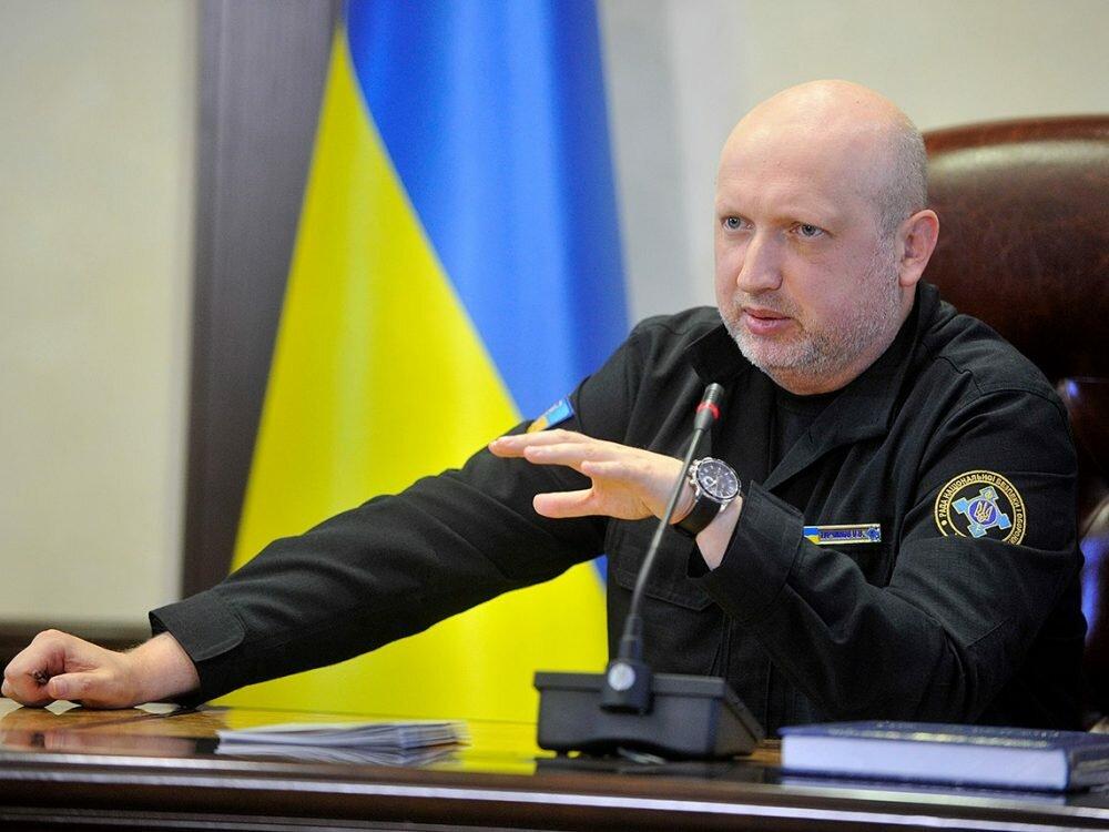 Турчинов сказал оновых угрозах награнице сРФ— Серьезная опасность