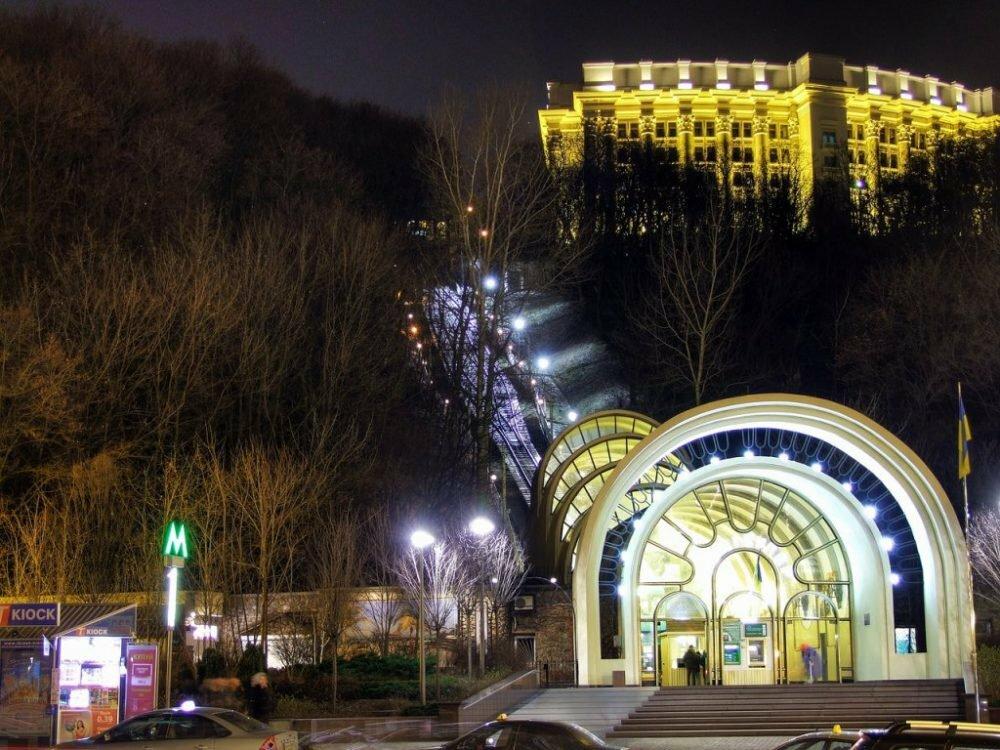 Киевский фуникулер закроют на полноценный ремонт