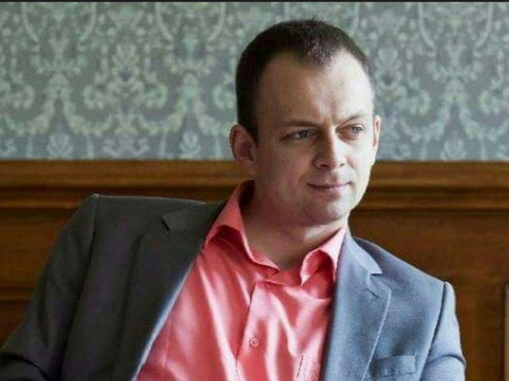Суд арестовал имущество прежнего обвинителя Суса