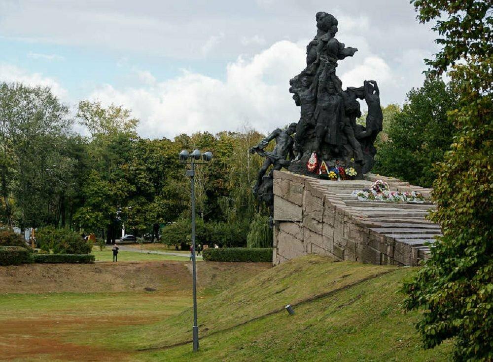 Сегодня вспоминают 76-ю годовщину трагедии Бабьего Яра