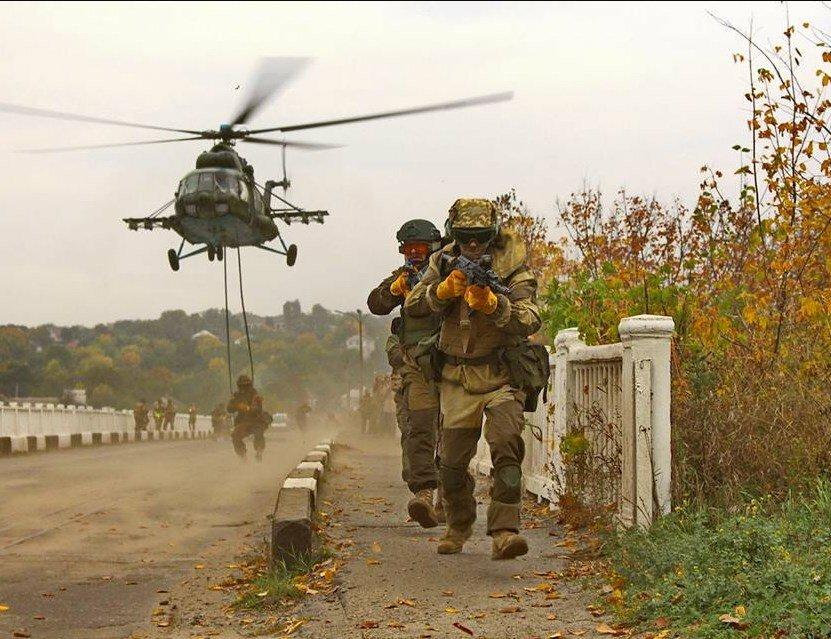 Штаб: Боевики задень 14 раз нарушили перемирие