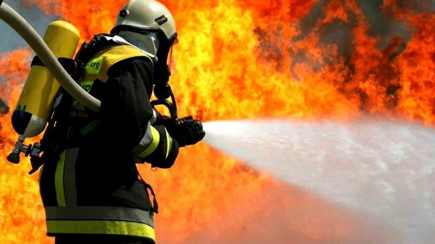 Налевом берегу на100% сгорел ресторан идве беседки