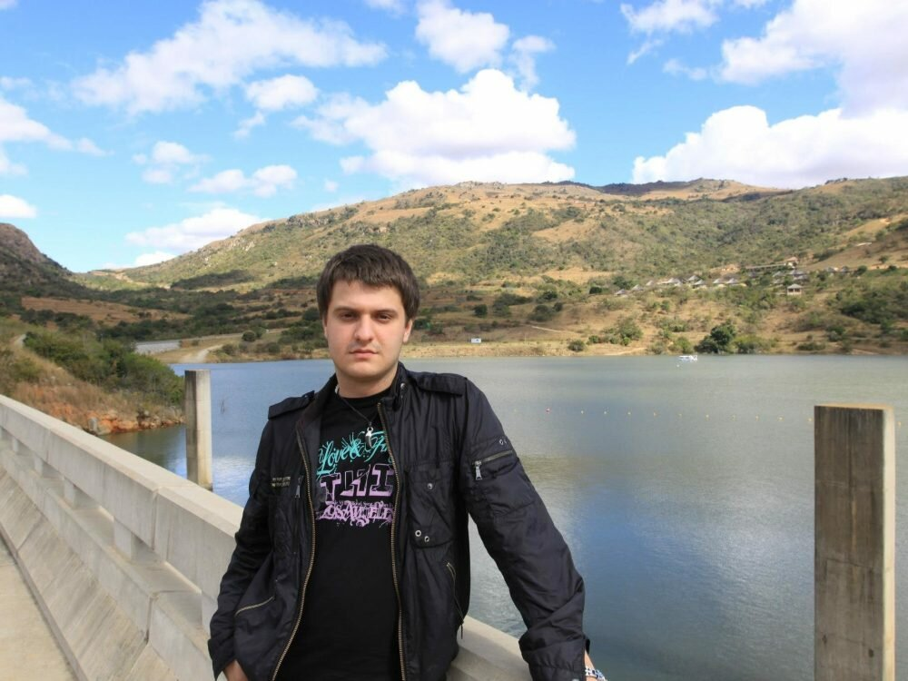 Аваков подтвердил обыски усвоего сына