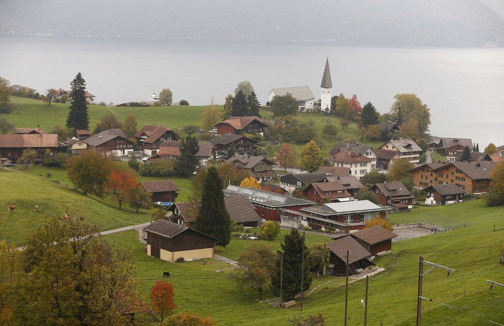 Вшвейцарском селе превосходно заплатят желающим приехать наПМЖ