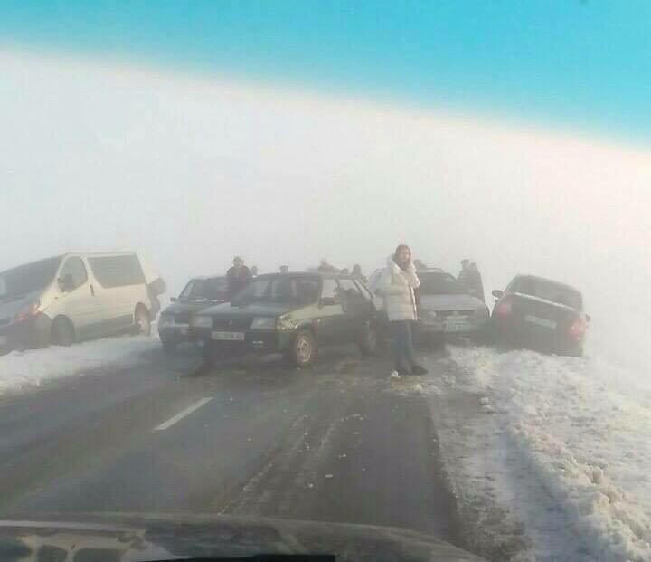 НаЛьвовщине в трагедию попали сразу семь авто