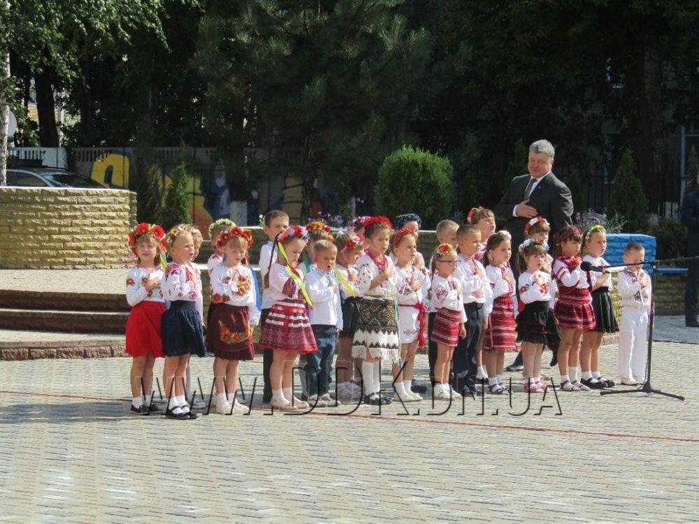 ВКрыму ответили Порошенко, пожелавшему услышать гимн Украинского государства наполуострове