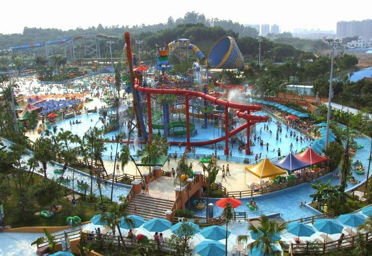 Искусственная волна травмировала более 40 человек вкитайском аквапарке